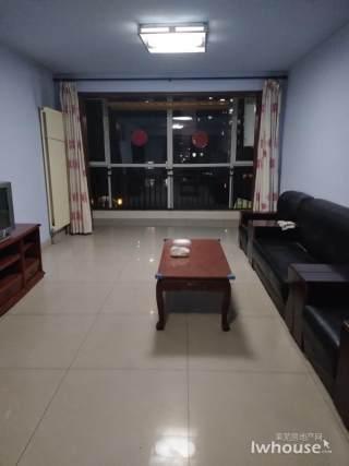 (莱芜区)安泰华府3室2厅2卫132m²简单装修