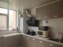 (莱芜区)滨河花苑3室2厅1卫126万137m²简单装修出售